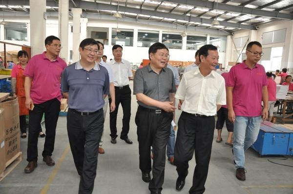 滁州市政协主席何希勇莅临郑集镇调研指导工作